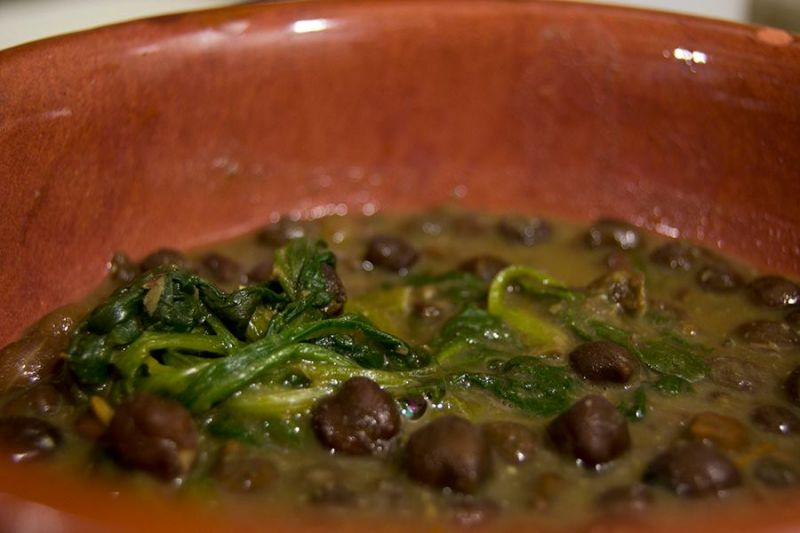 Recipe for Chickpeas, lentils and spinach curry. Recipe in the kitchen